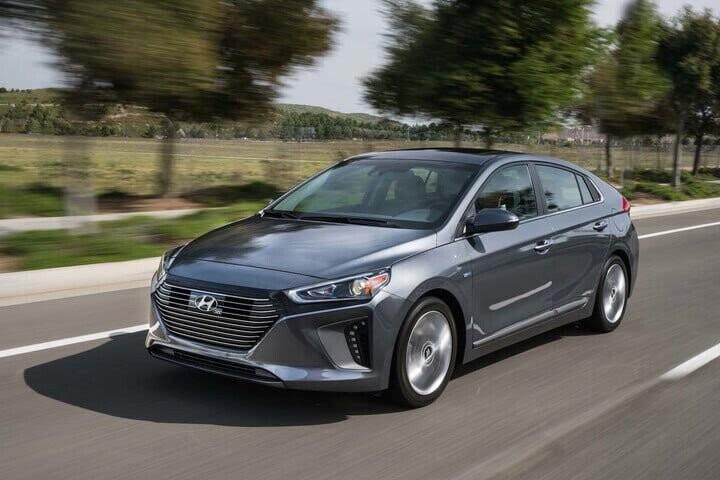 10 mẫu ôtô phù hợp cho người mới tập lái - Hình 6
