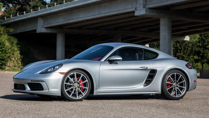 10 ôtô động cơ 4 xi-lanh mạnh nhất thế giới - Hình 9