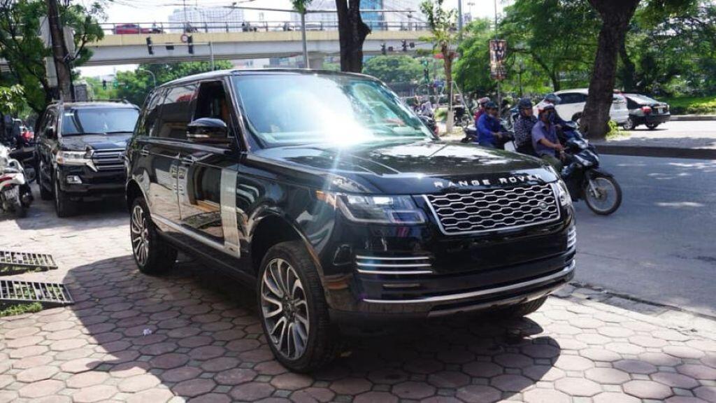 10 siêu xe, xe sang đáng chú ý về Việt Nam trong năm 2018 - Hình 4