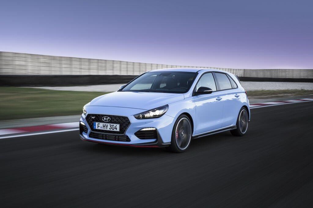 100 chiếc Hyundai i30 N First Edition hết hàng chỉ trong hai ngày - Hình 2