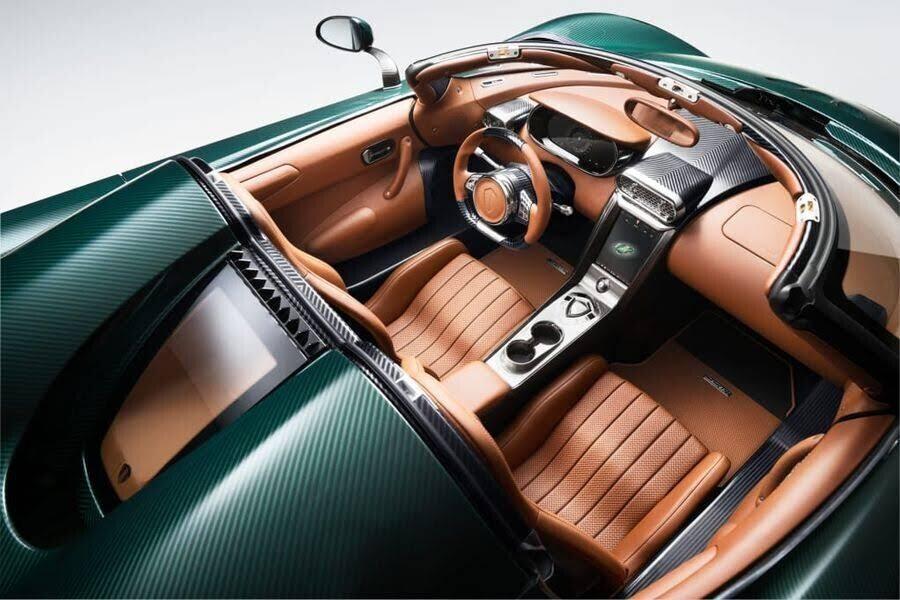 2 chiếc Koenigsegg Regera 1.500 mã lực đầu tiên đã sẵn sàng đến tay chủ nhân - Hình 2