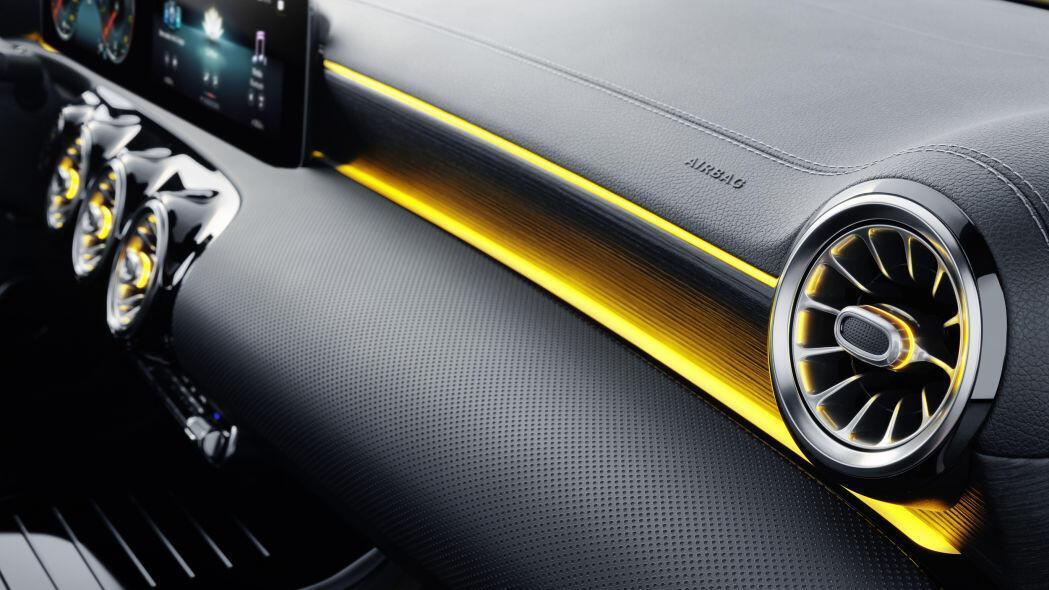 2020-mercedes-benz-cla-shooting-brake-18.jpg