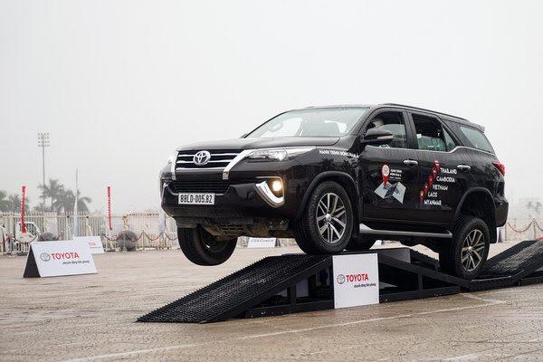 4 chiếc xe SUV hàng đầu, giá dưới 1 tỷ đồng tại Việt Nam - Hình 2
