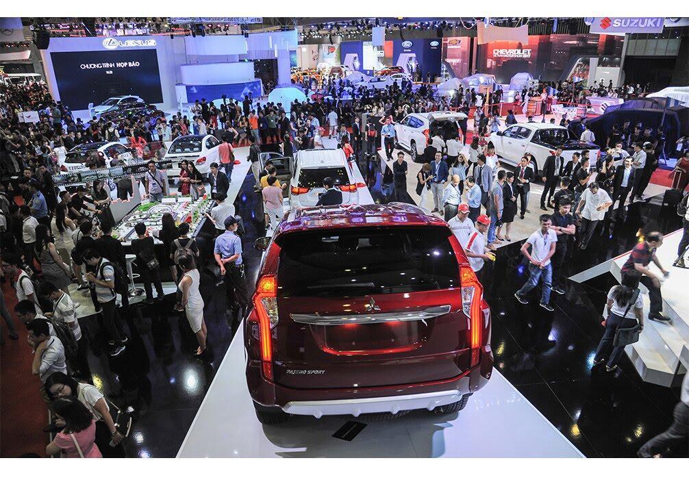 4 tháng khó khăn chờ đợi thị trường ôtô Việt - Hình 2