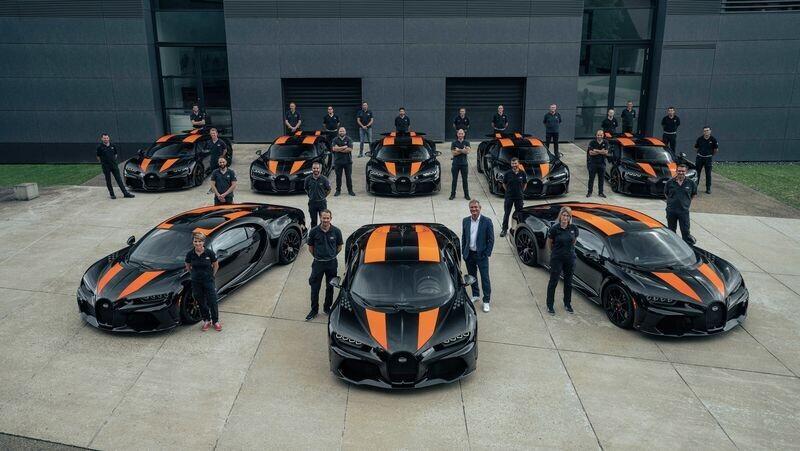 8 chiec bugatti chiron super sport 300+ dau tien chuan bi den tay khach hang: gia 120 ty vnd/chiec