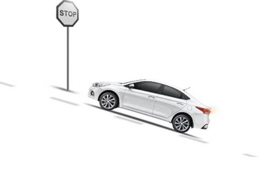 An toàn Hyundai Accent 1.4 AT Đặc Biệt - Hình 1