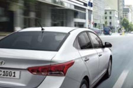 An toàn Hyundai Accent 1.4 AT Đặc Biệt - Hình 8