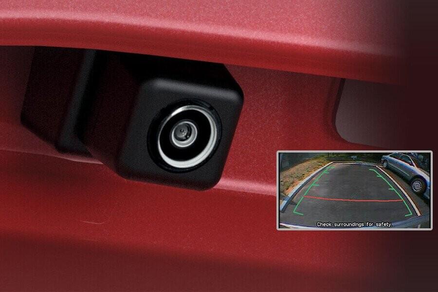 An toàn Mitsubishi Outlander CVT 2.4 Premium - Hình 7