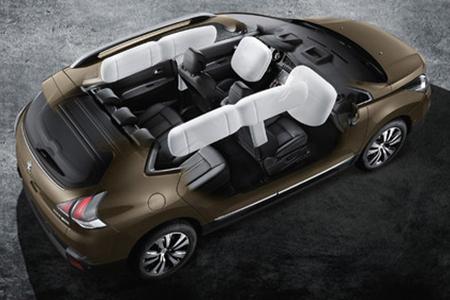 Peugeot 3008 trang bị 6 túi khí thông minh