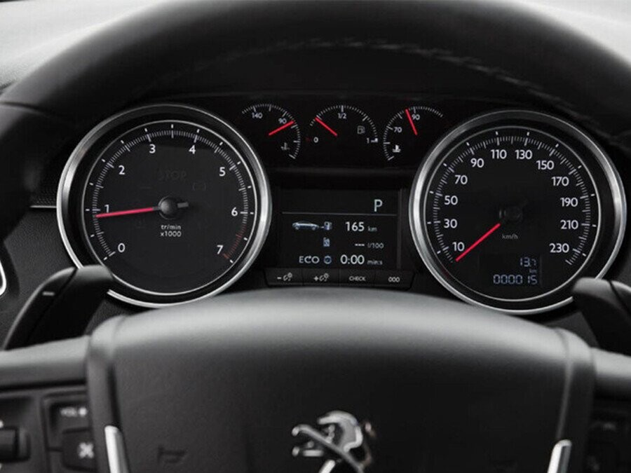 Lẫy chuyển số giúp bạn kiếm soát tốt hơn khả năng tăng tốc của xe