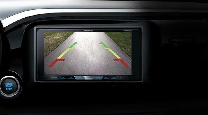 Camera lùi tăng khả năng quan sát chướng ngại vật