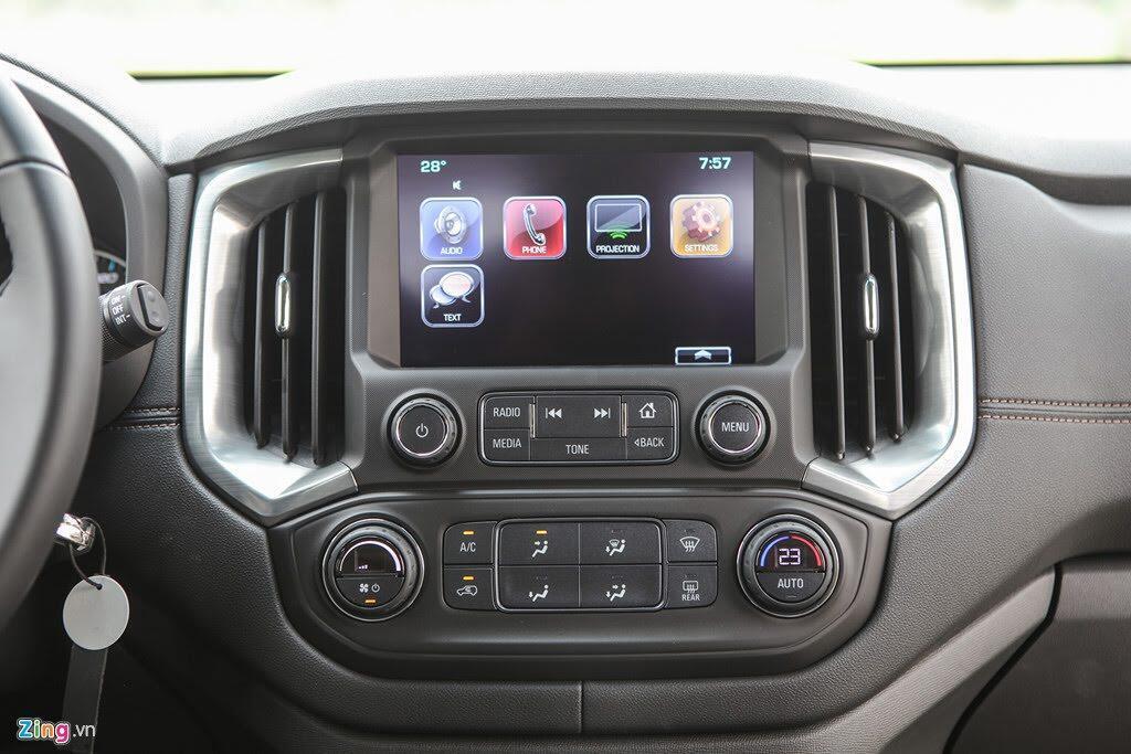 Ảnh Chevrolet Trailblazer - đối thủ mới của Toyota Fortuner - Hình 5