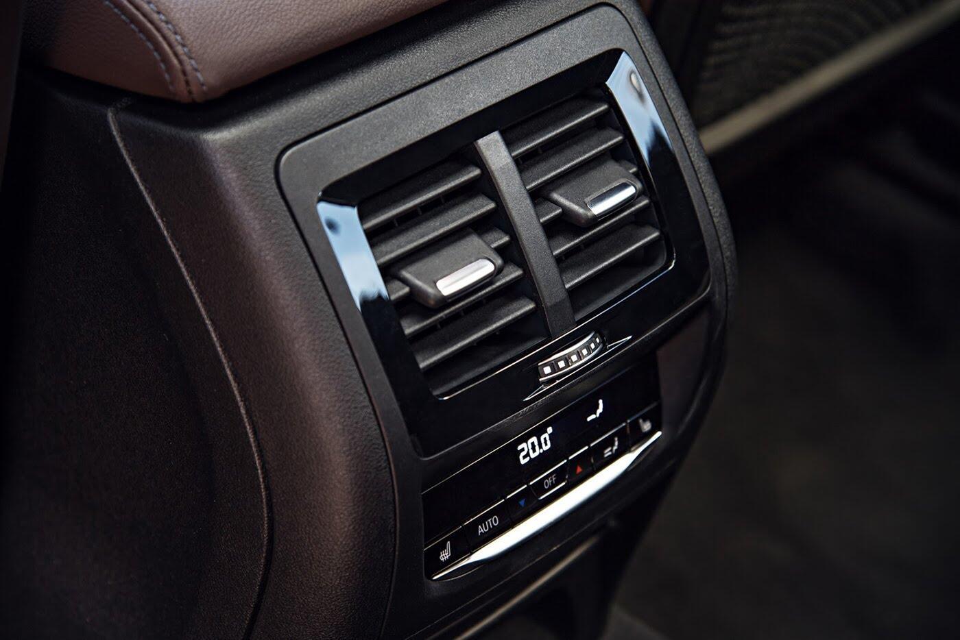 Ảnh chi tiết BMW X3 2018 hoàn toàn mới - Hình 38