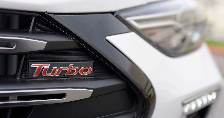 Ảnh chi tiết Hyundai Elantra Sport 2018 - Hình 6