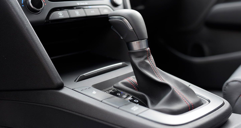 Ảnh chi tiết Hyundai Elantra Sport 2018 - Hình 13