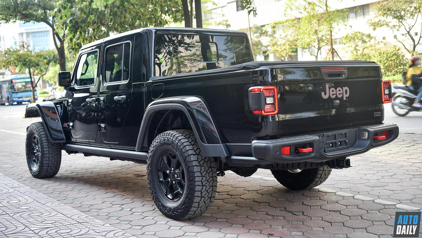 anh-chi-tiet-jeep-gladiator-2020-gia-hon-3-7-ty-dong-tai-viet-nam