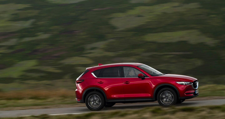 Ảnh chi tiết Mazda CX-5 2017 tại Anh quốc - Hình 1