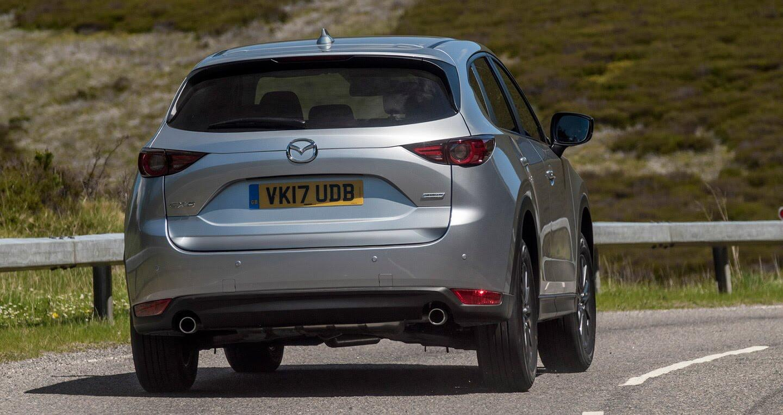 Ảnh chi tiết Mazda CX-5 2017 tại Anh quốc - Hình 5