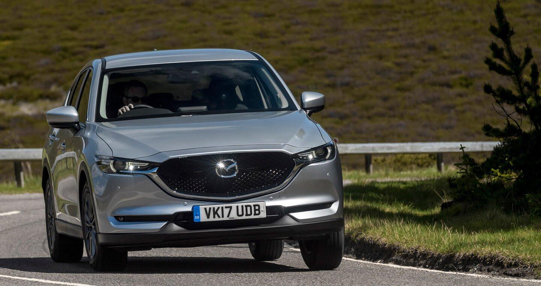 Ảnh chi tiết Mazda CX-5 2017 tại Anh quốc - Hình 6