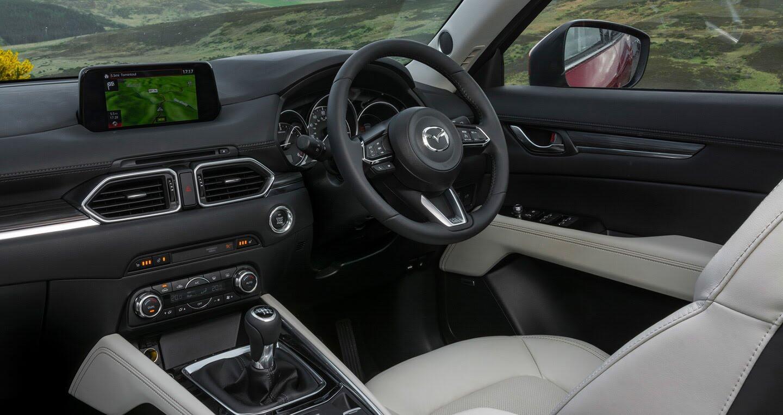 Ảnh chi tiết Mazda CX-5 2017 tại Anh quốc - Hình 7