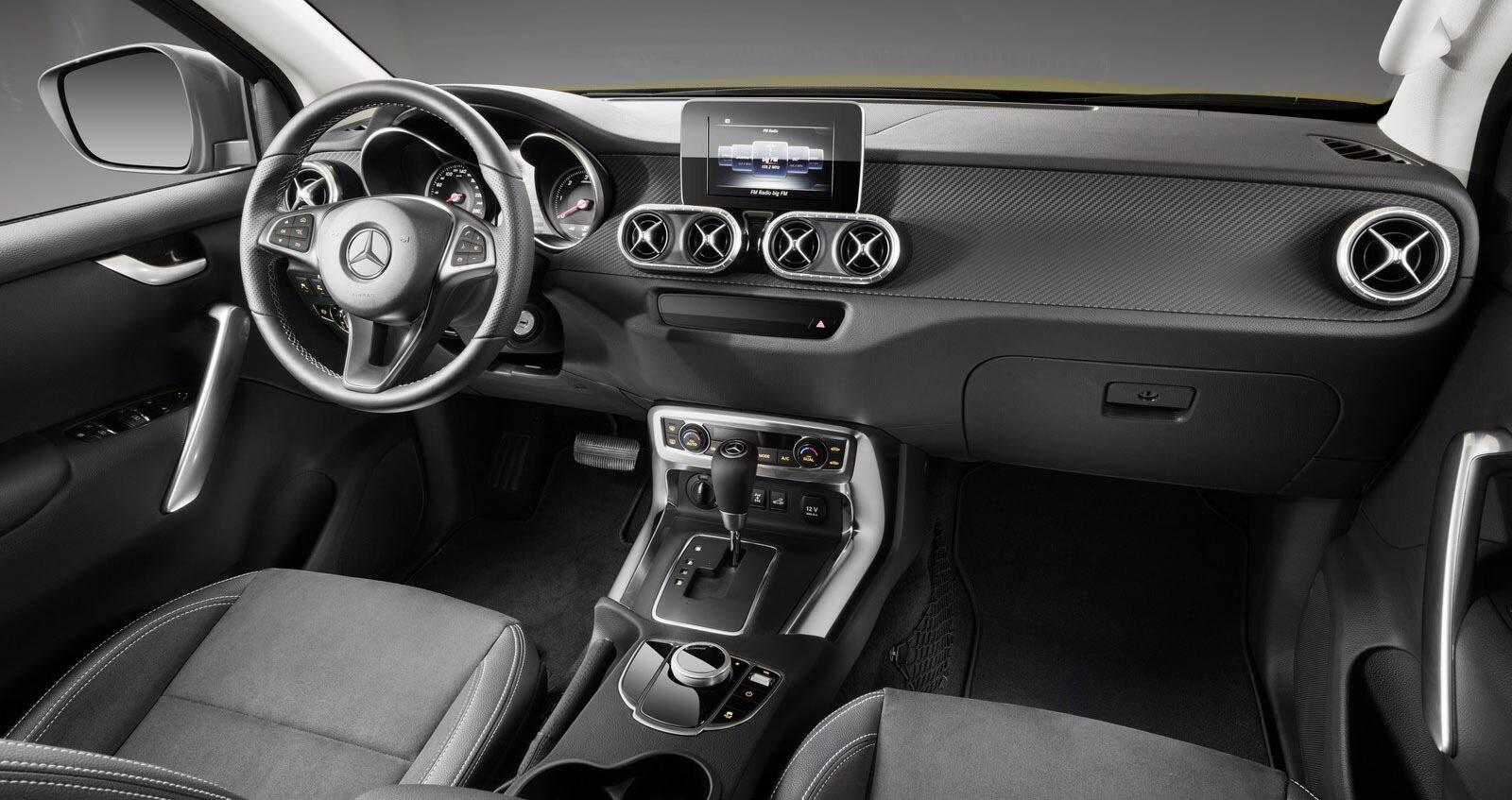 Ảnh chi tiết Mercedes-Benz X-Class - Hình 12