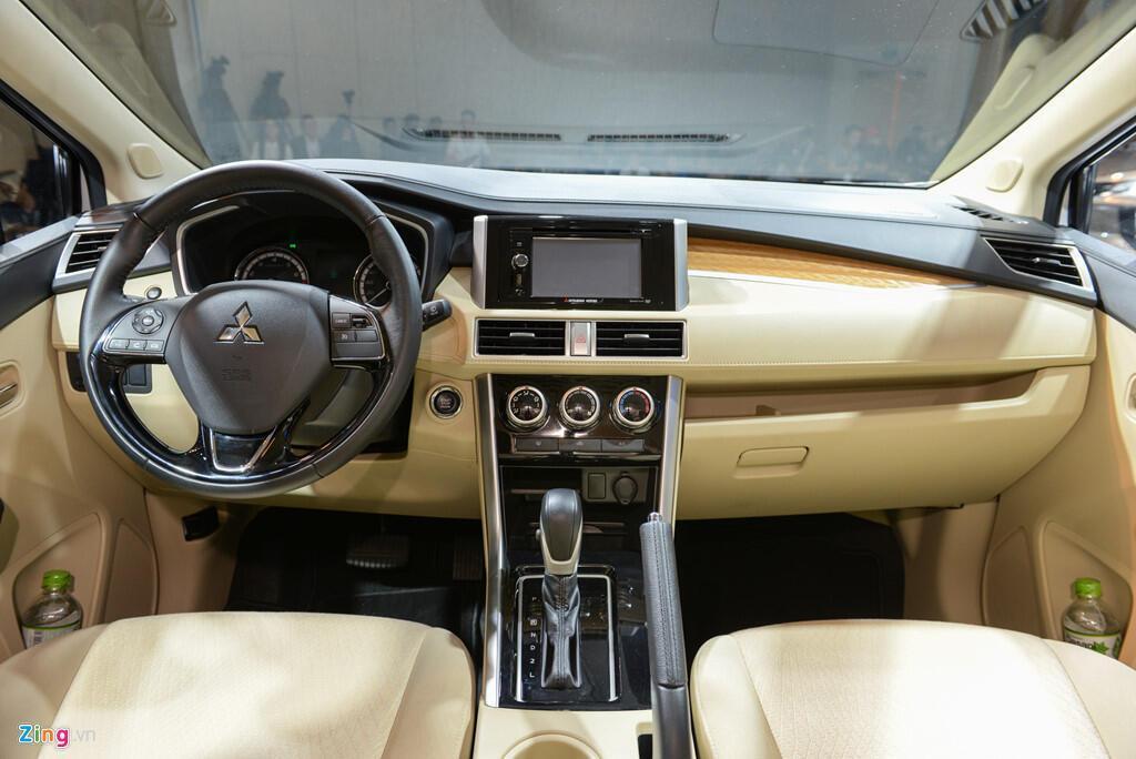 Ảnh Mitsubishi Xpander: Giá tốt, thiết kế đẹp, động cơ nhỏ - Hình 12