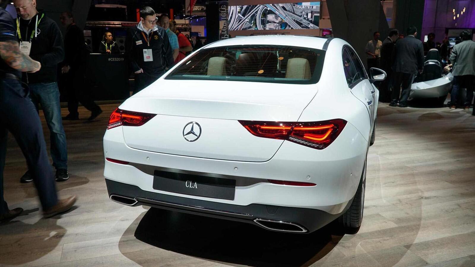 Ảnh thực tế Mercedes-Benz CLA 2020 thế hệ hoàn toàn mới tại Mỹ - Hình 3