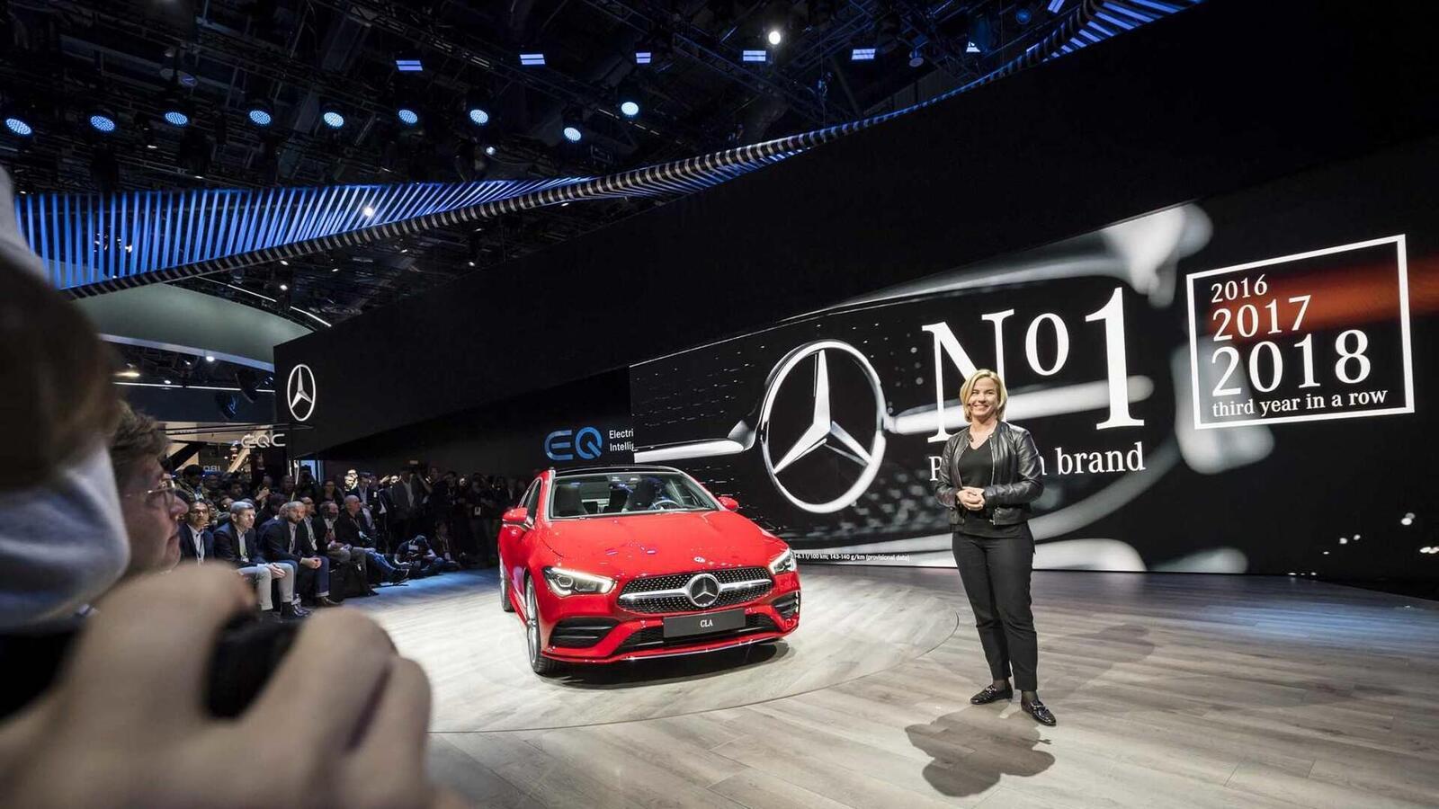 Ảnh thực tế Mercedes-Benz CLA 2020 thế hệ hoàn toàn mới tại Mỹ - Hình 21