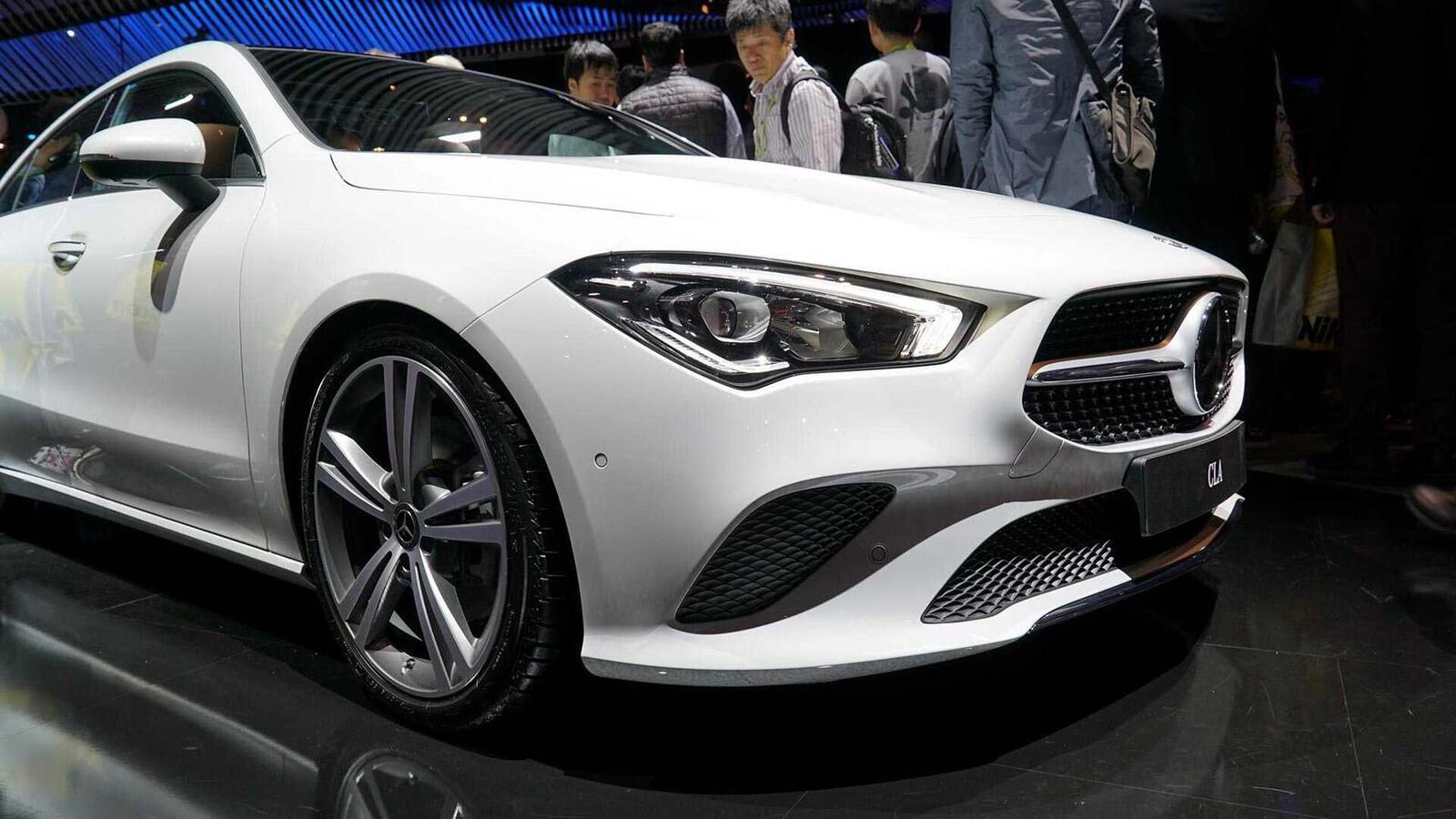 Ảnh thực tế Mercedes-Benz CLA 2020 thế hệ hoàn toàn mới tại Mỹ - Hình 7