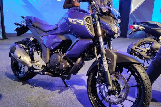 Ảnh thực tế môtô siêu rẻ Yamaha FZ V3.0 - Hình 1