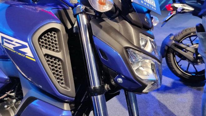 Ảnh thực tế môtô siêu rẻ Yamaha FZ V3.0 - Hình 4