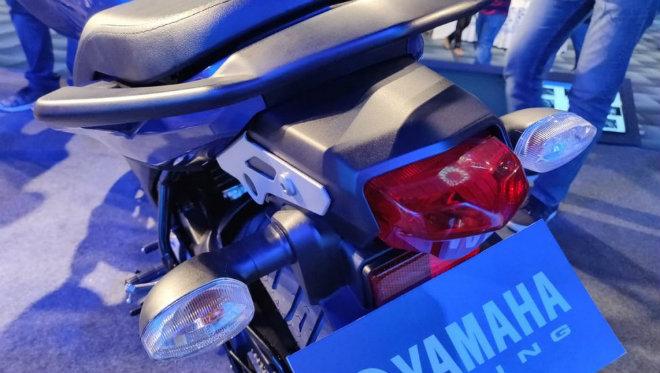 Ảnh thực tế môtô siêu rẻ Yamaha FZ V3.0 - Hình 6