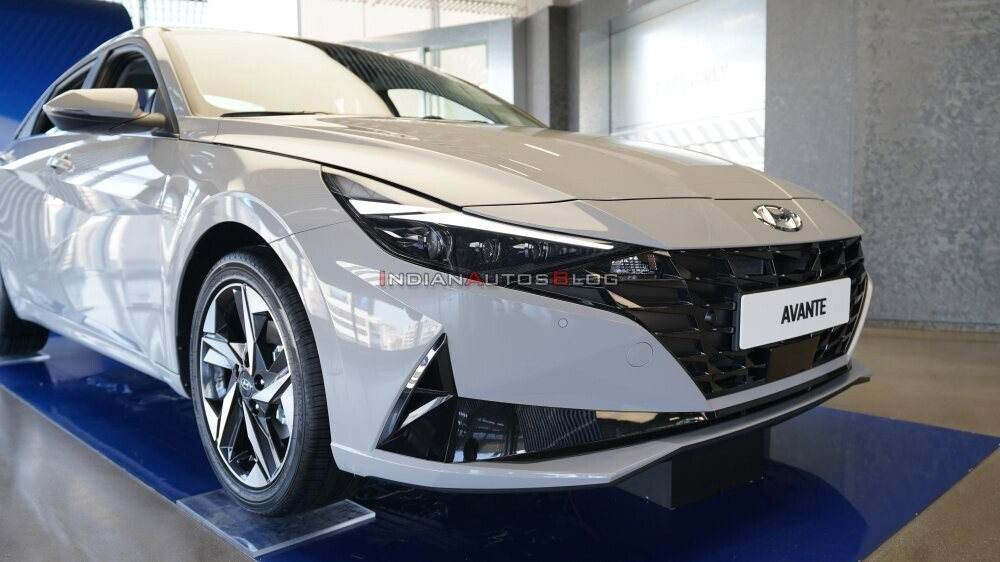2021-hyundai-elantra-front-fascia-right-side-view-0fa5.jpg