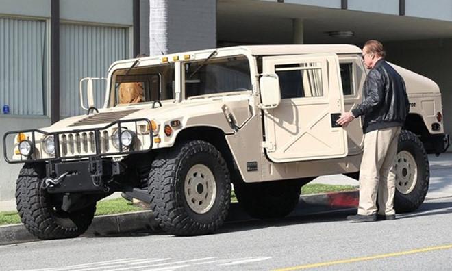 Ảnh xe quân sự Hummer H1 hầm hố và mạnh mẽ - Hình 3