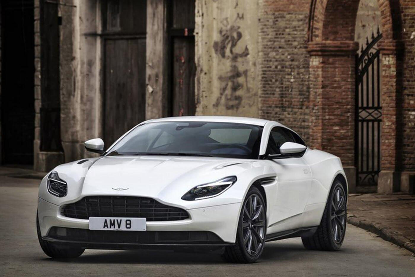 Aston Martin DB11 có thêm phiên bản động cơ tăng áp kép V8 - Hình 2