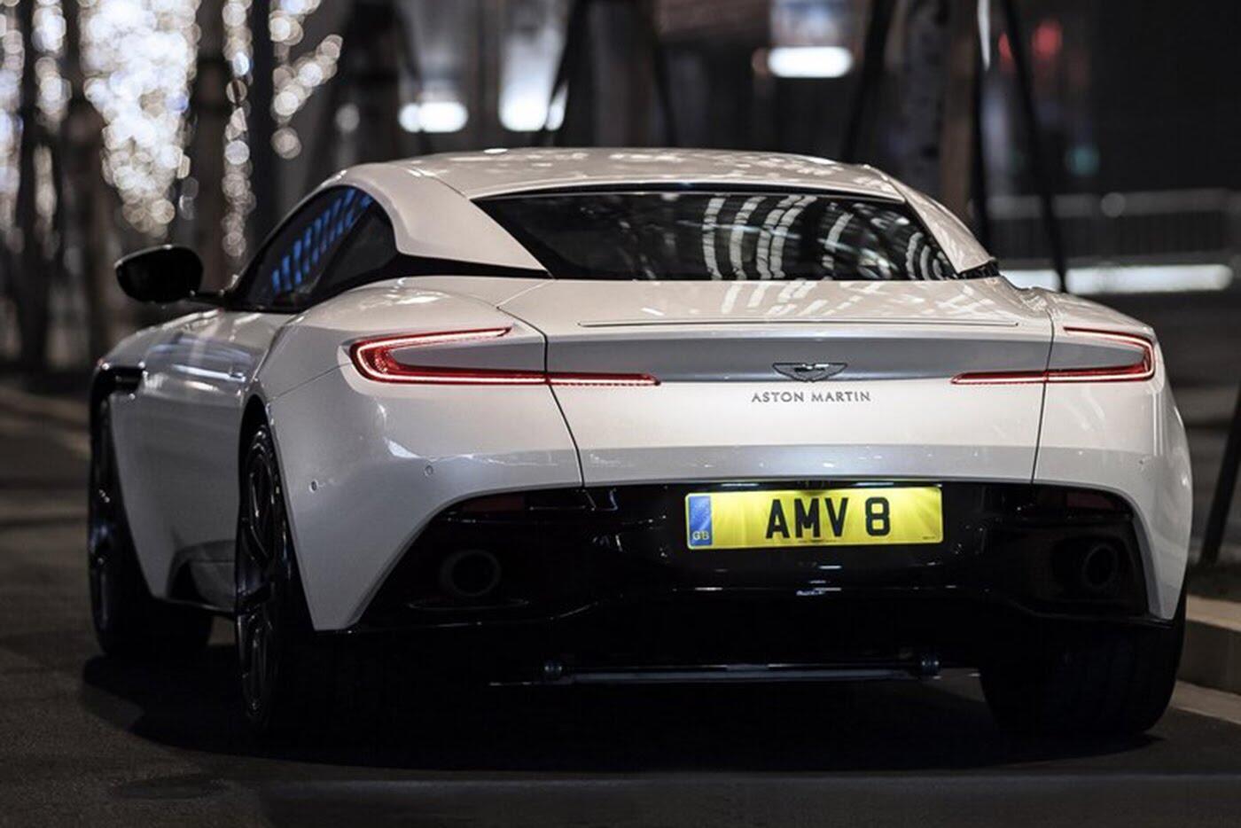 Aston Martin DB11 có thêm phiên bản động cơ tăng áp kép V8 - Hình 4