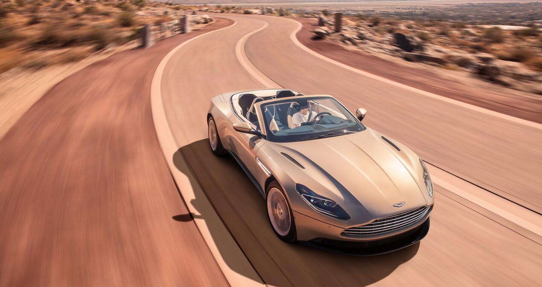 Aston Martin DB11 Volante trình làng với phong cách gợi cảm - Hình 5