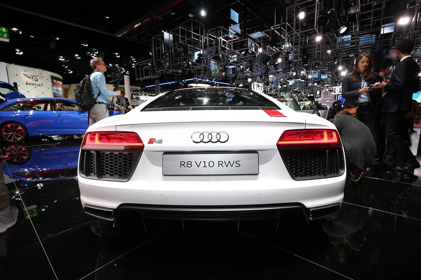 """Audi giới thiệu """"hàng hiếm"""" R8 V10 RWS - Hình 4"""