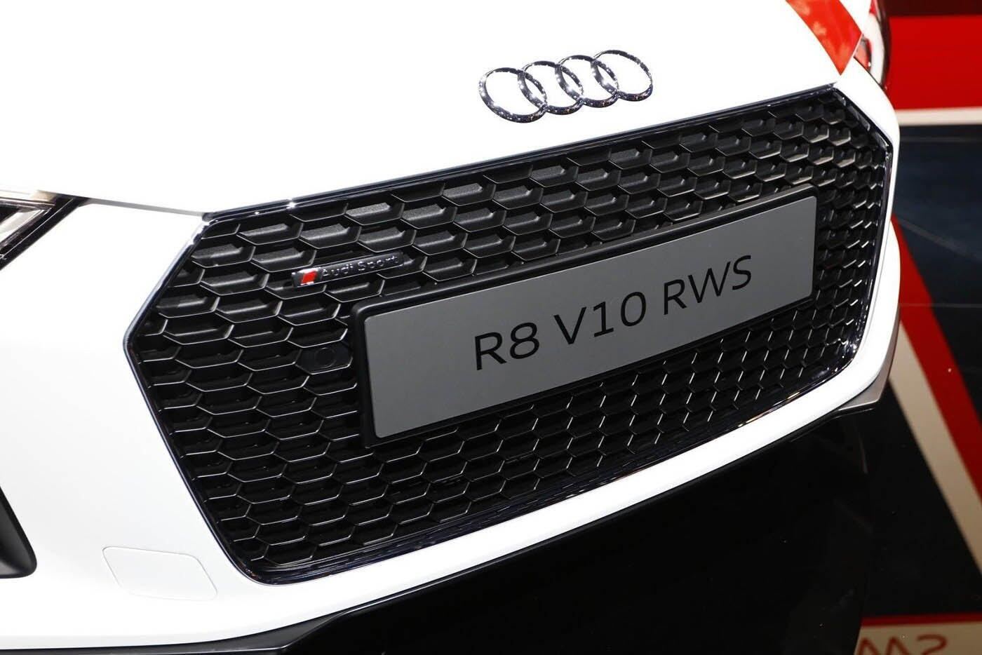 """Audi giới thiệu """"hàng hiếm"""" R8 V10 RWS - Hình 5"""