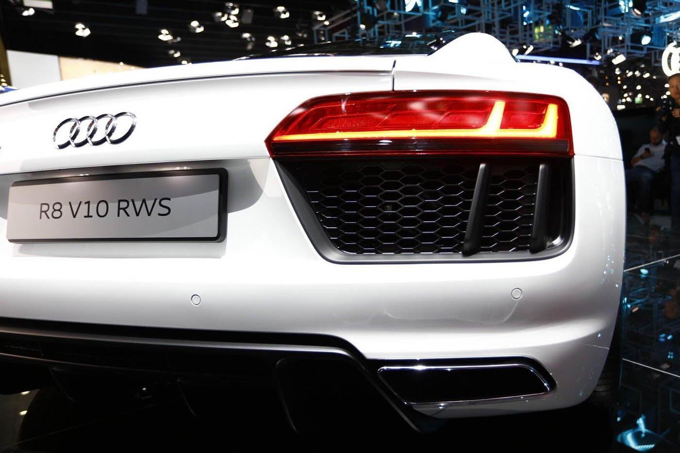 """Audi giới thiệu """"hàng hiếm"""" R8 V10 RWS - Hình 7"""