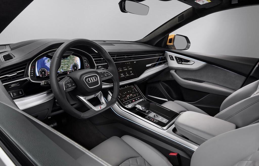 Audi Q8 tuyệt đẹp trong màu xanh ngọc bích - Hình 6
