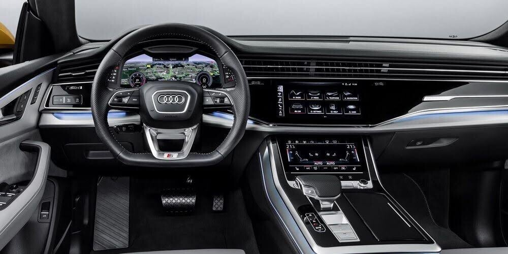 Audi Q8 tuyệt đẹp trong màu xanh ngọc bích - Hình 7