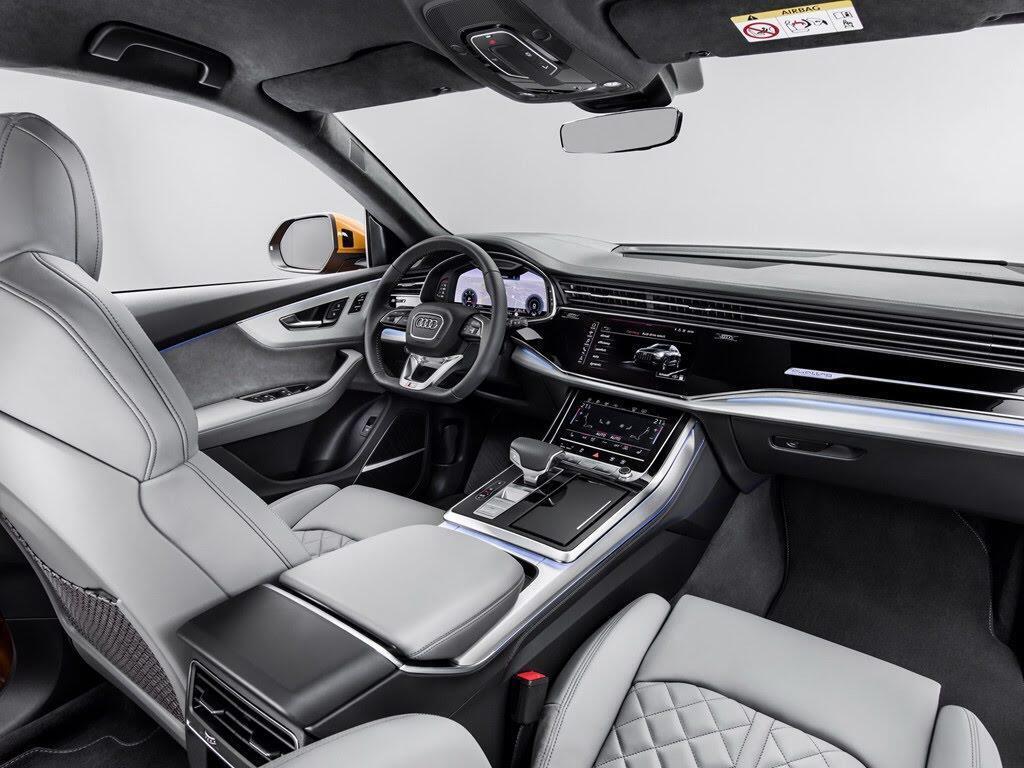 Audi Q8 tuyệt đẹp trong màu xanh ngọc bích - Hình 8
