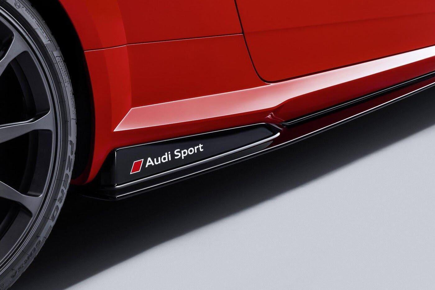 """Audi R8 và TT RS đẹp """"ngỡ ngàng"""" với trang bị thể thao - Hình 6"""