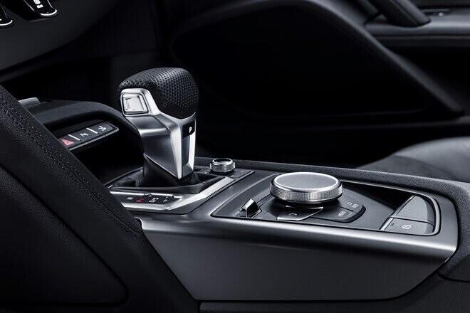 Audi ra mắt phiên bản đặc biệt R8 RWS 2018 - Hình 3