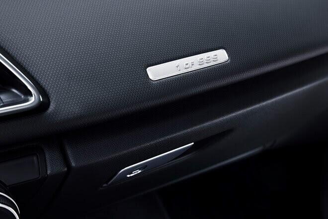 Audi ra mắt phiên bản đặc biệt R8 RWS 2018 - Hình 5