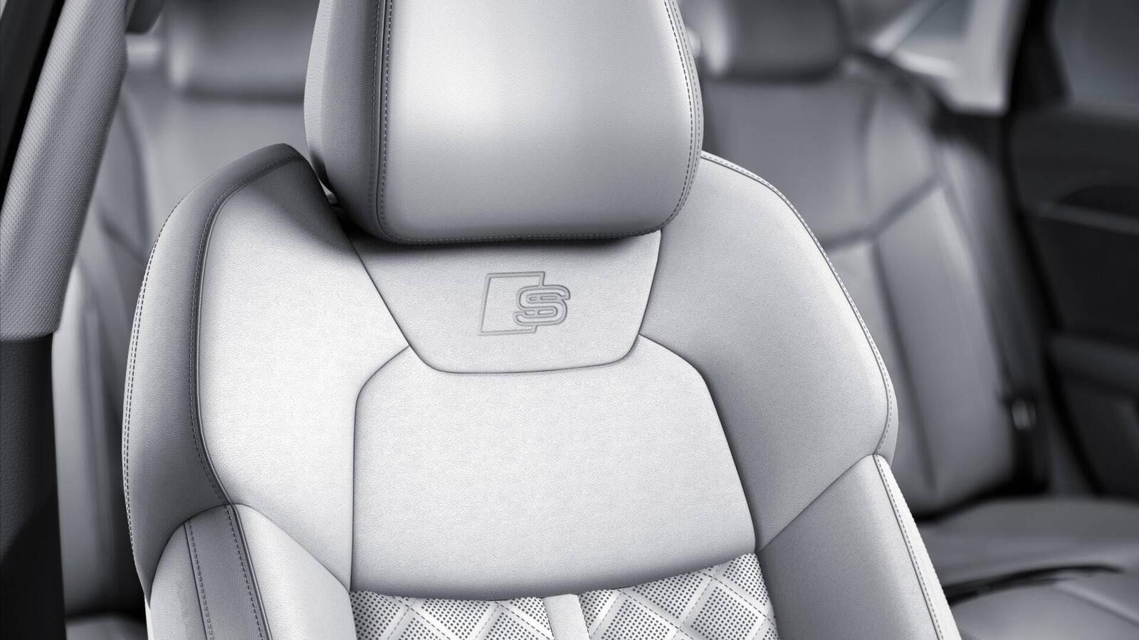 Audi thêm một số trang bị cho A8 2018 - Hình 5