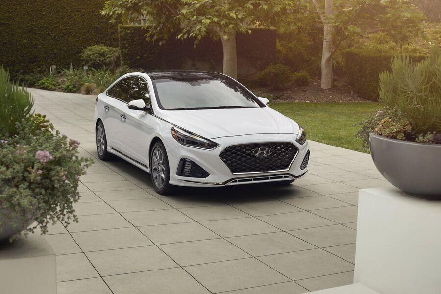 Bạn phải trả thêm 112 triệu VNĐ nếu muốn mua Hyundai Sonata 2018 tăng áp 245 mã lực - Hình 3