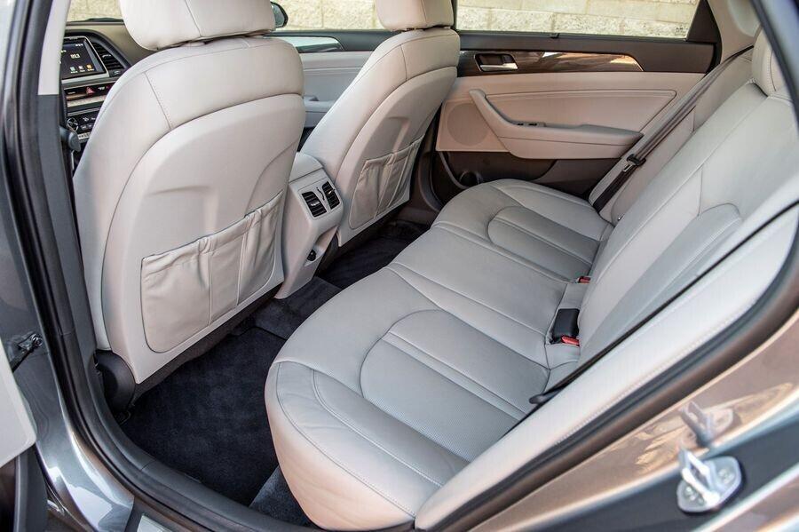 Bạn phải trả thêm 112 triệu VNĐ nếu muốn mua Hyundai Sonata 2018 tăng áp 245 mã lực - Hình 4