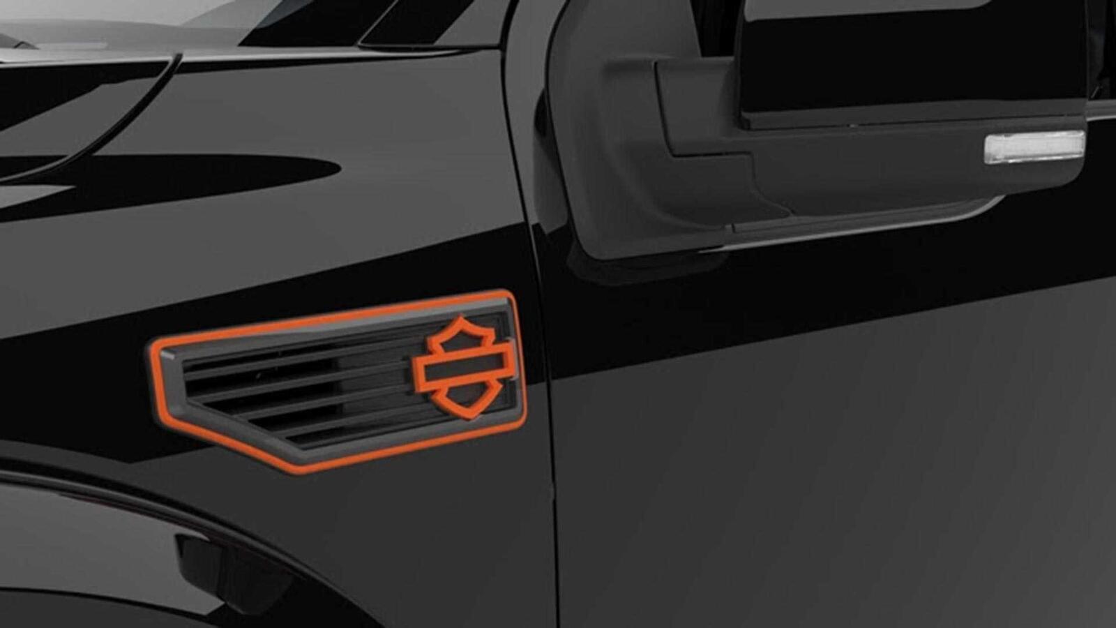 Bán tải Ford F-150 độ bởi hãng mô tô Harley-Davidson có giá bán từ 97.000 USD tại Mỹ - Hình 5